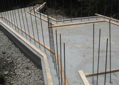 Wall rebar and plate on slab