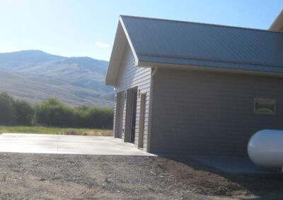 2-car garage with exterior concrete